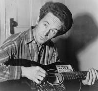 646px-woody_guthrie.thumbnail