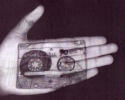 Cassette Hand-1